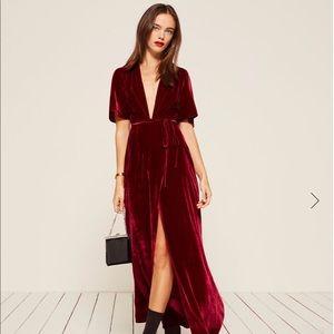 Reformation Miller Dress size S in Red Velvet